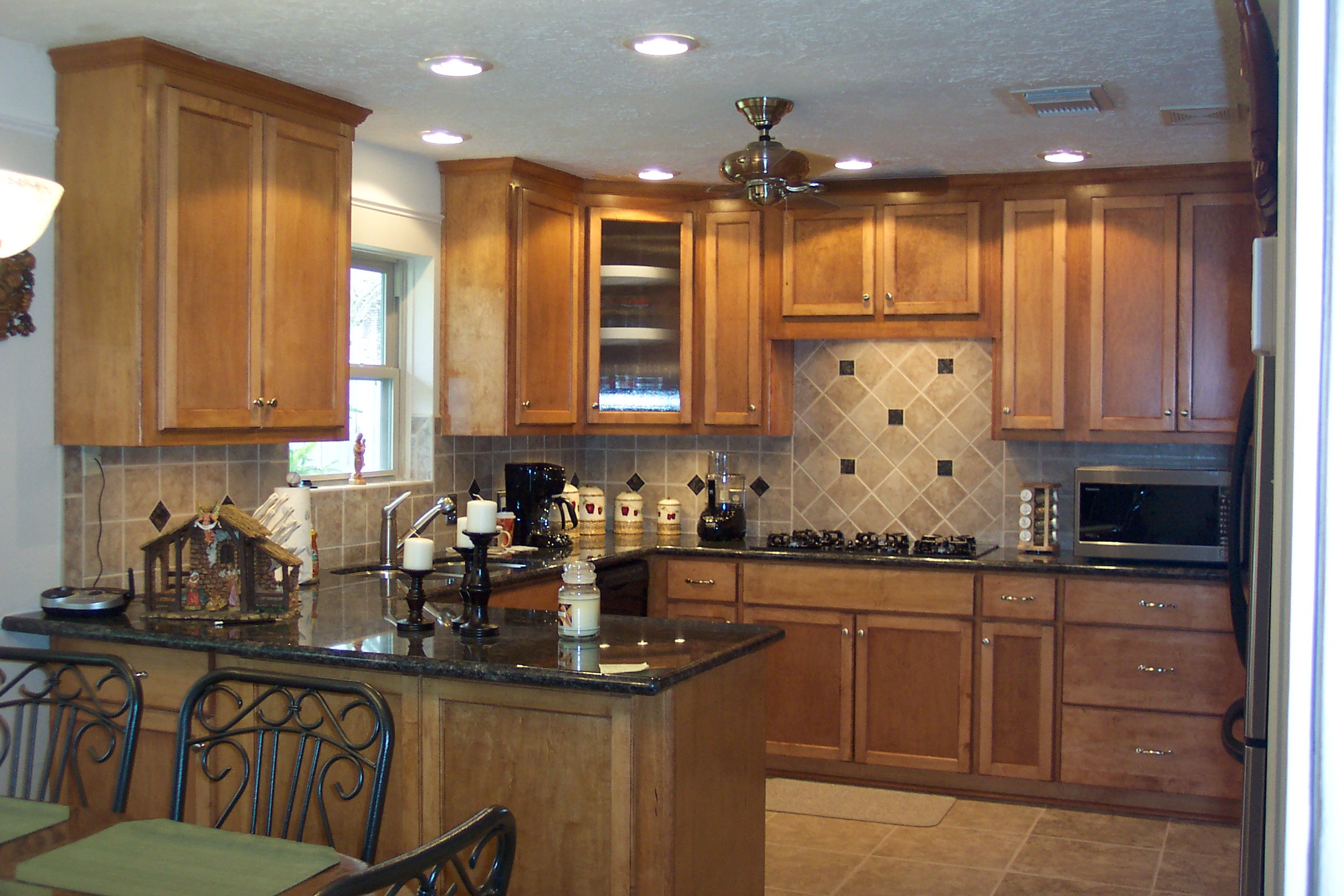 Custom Kitchen Cabinets Designs from Wood-Mode - Transforming Your Kitchen Interiors