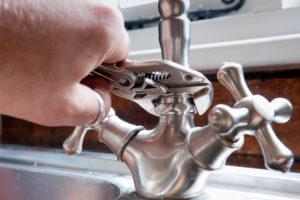 Emergency Plumbing Debacles - Expert Plumbers At Your Rescue