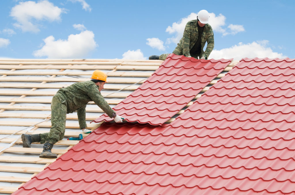 How to Find the Right Contractor for Your Tennessee Roofing Job