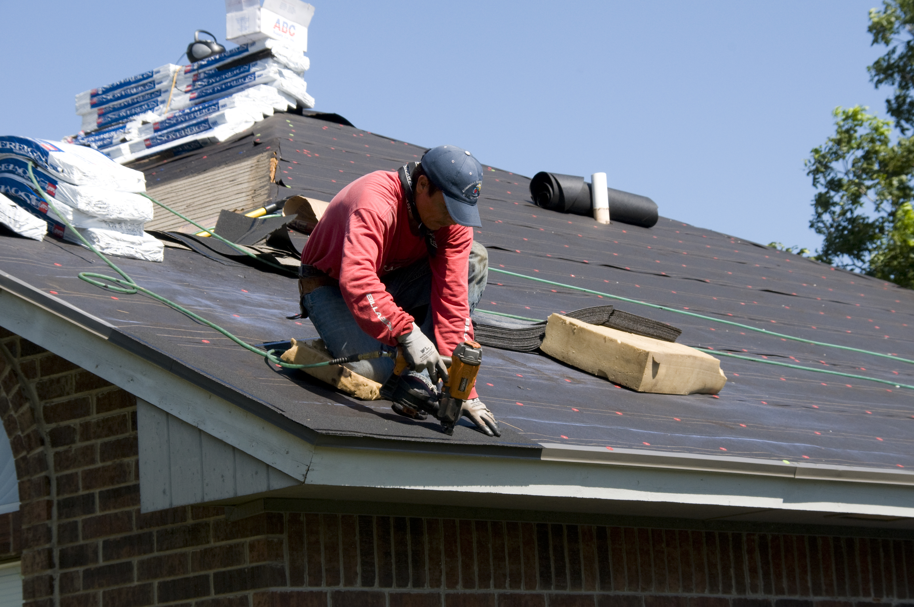 Look for the Best Roofing Contractor in Auckland